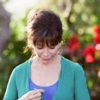 "Isabel Allende para el frío. …Literatura ""femenina"" dice Elena."